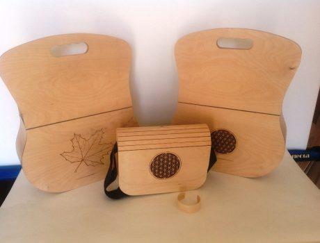 Holzhandtaschen